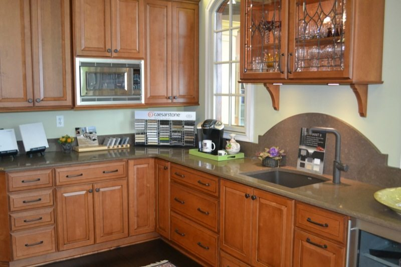 Standard kitchen bath standard kitchen bath showroom for Kitchen remodel knoxville tn