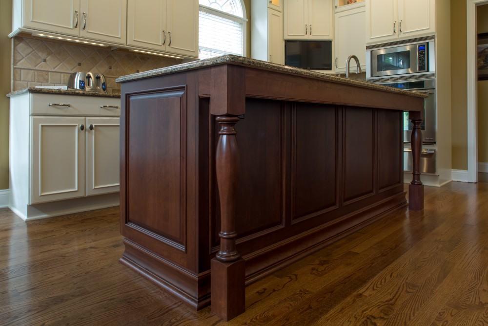 Standard kitchen bath bath remodeling standard for Bathroom cabinets knoxville tn