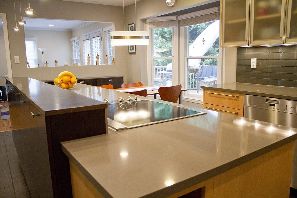 Contemporary Mouser Prizma Natural Maple Kitchen Gallery Knoxville Tn Standard Kitchen