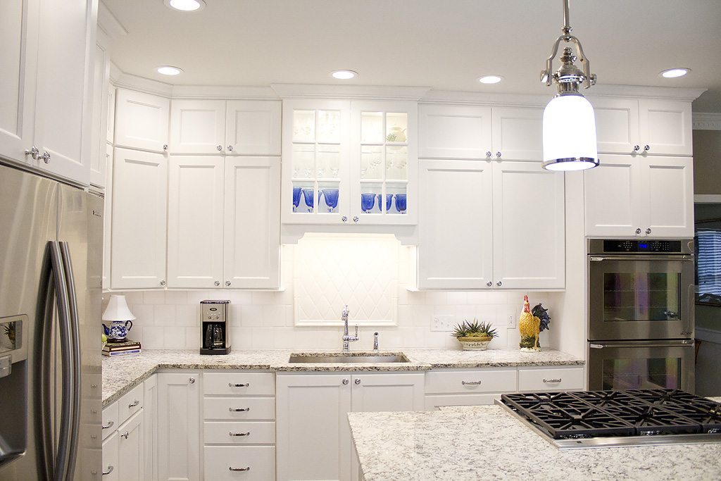 Standard kitchen bath kitchen design knoxville for Bath remodel knoxville