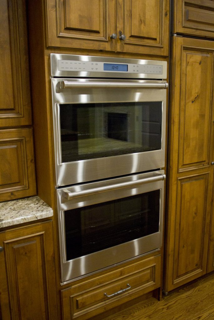 Standard Kitchen Amp Bath Rustic Alder Kitchen Parade Home