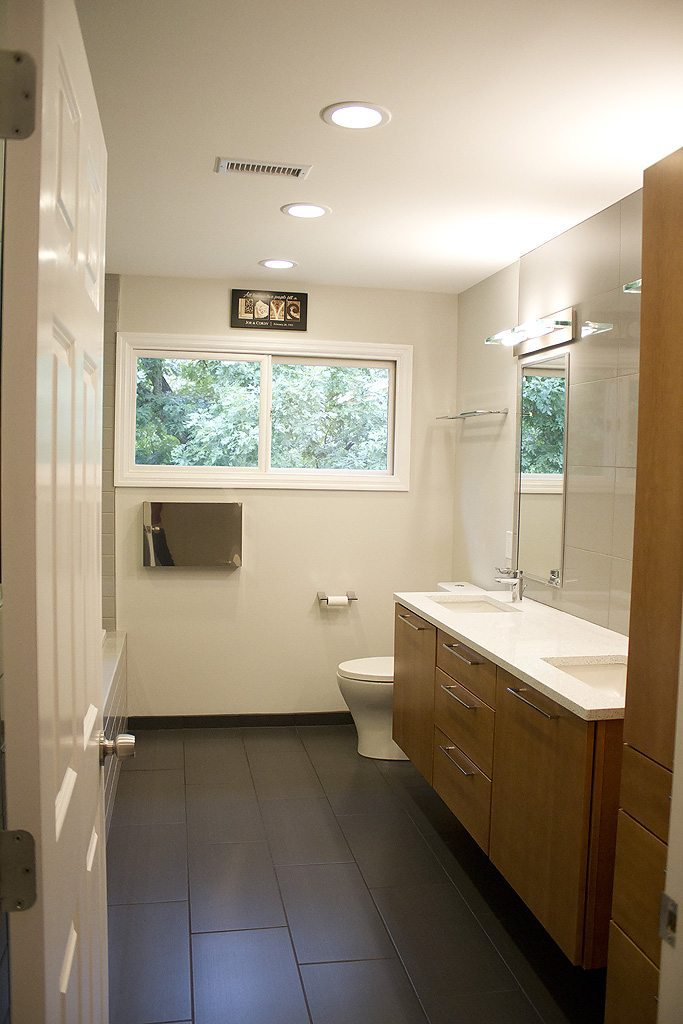 Bathroom remodeling knoxville tn bath remodeling standard for Bath remodel knoxville