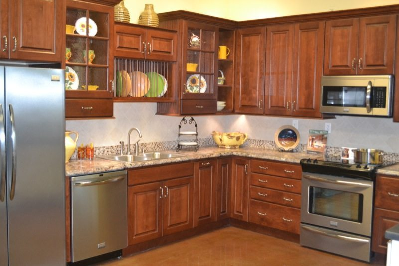Standard kitchen bath showroom knoxville kitchen for Kitchen remodel knoxville tn