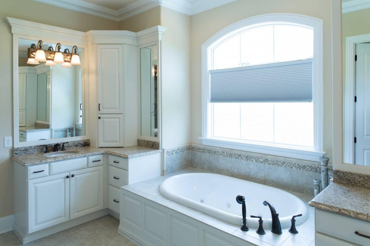 Standard Kitchen & Bath | Showplace Master Bathroom in Soft Cream ...