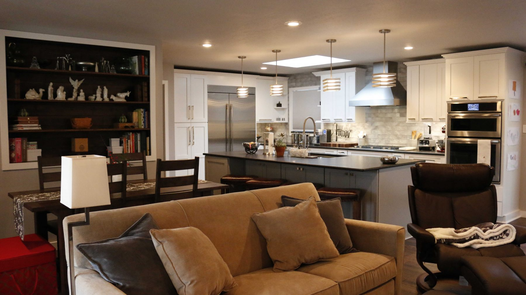 Standard kitchen bath kitchen remodeling knoxville for Bath remodel knoxville